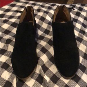 Kenneth Cole Reaction Black Suede Booties